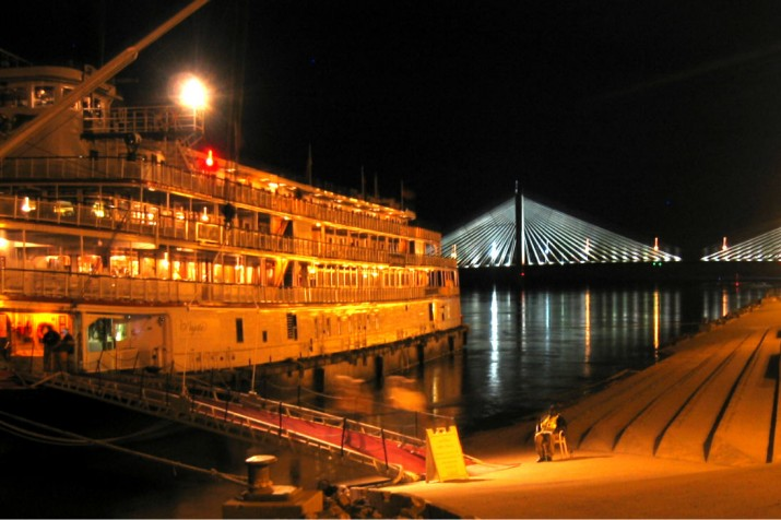 Tour Boat on Mississippi River in Downtown Cape Girardeau